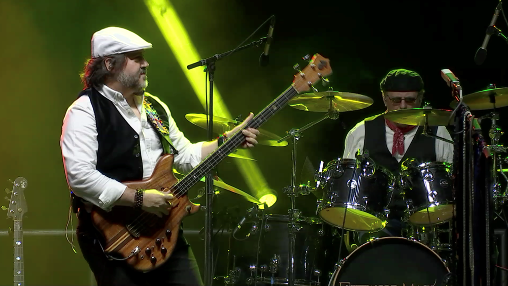 Paul and Don - Fleetwood Mask the Fleetwood Mac experience tribute band